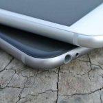 バグが修正されたiOS 10.2.1に、iPhone5、iPhone6を早速アップデート