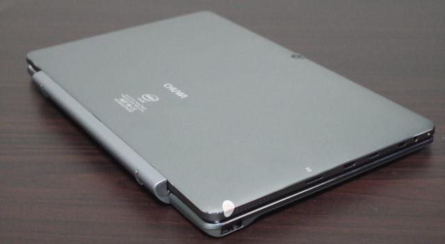 Chuwi Hi10 Pro with Keyboard  斜め上より