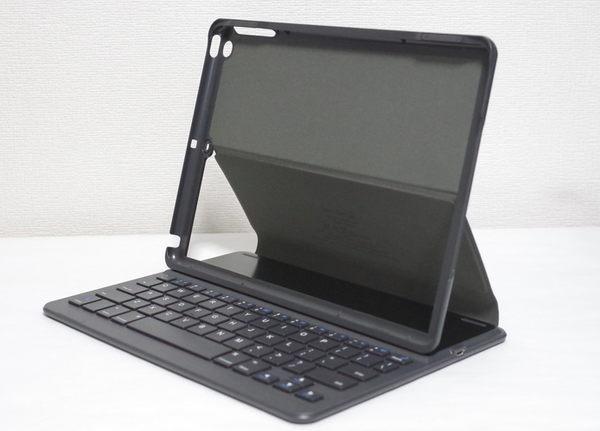 Inateck keyboard for iPad 2017 本体挿入前