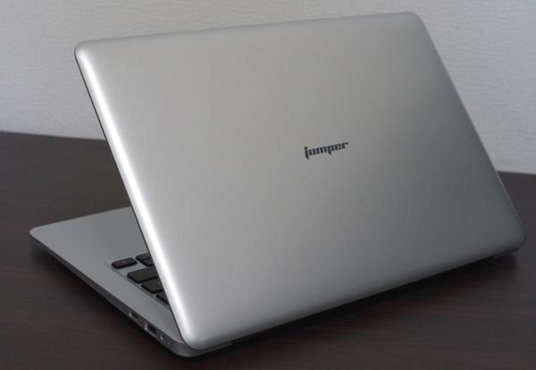 Jumper EZBook 3SE 天板